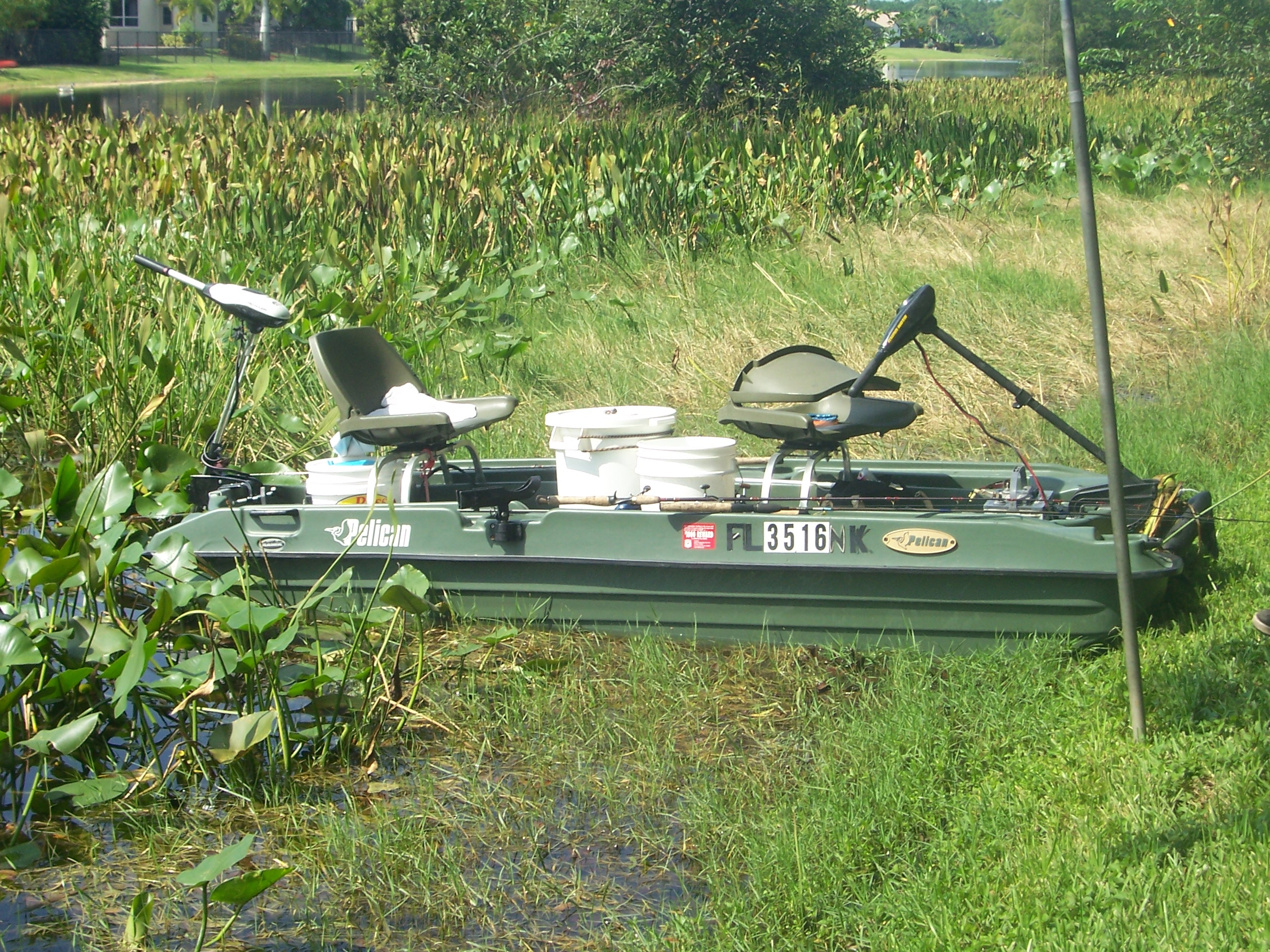 10ft pelican bass raider boat pictures to pin on pinterest for Pelican bass raider 10e fishing boat